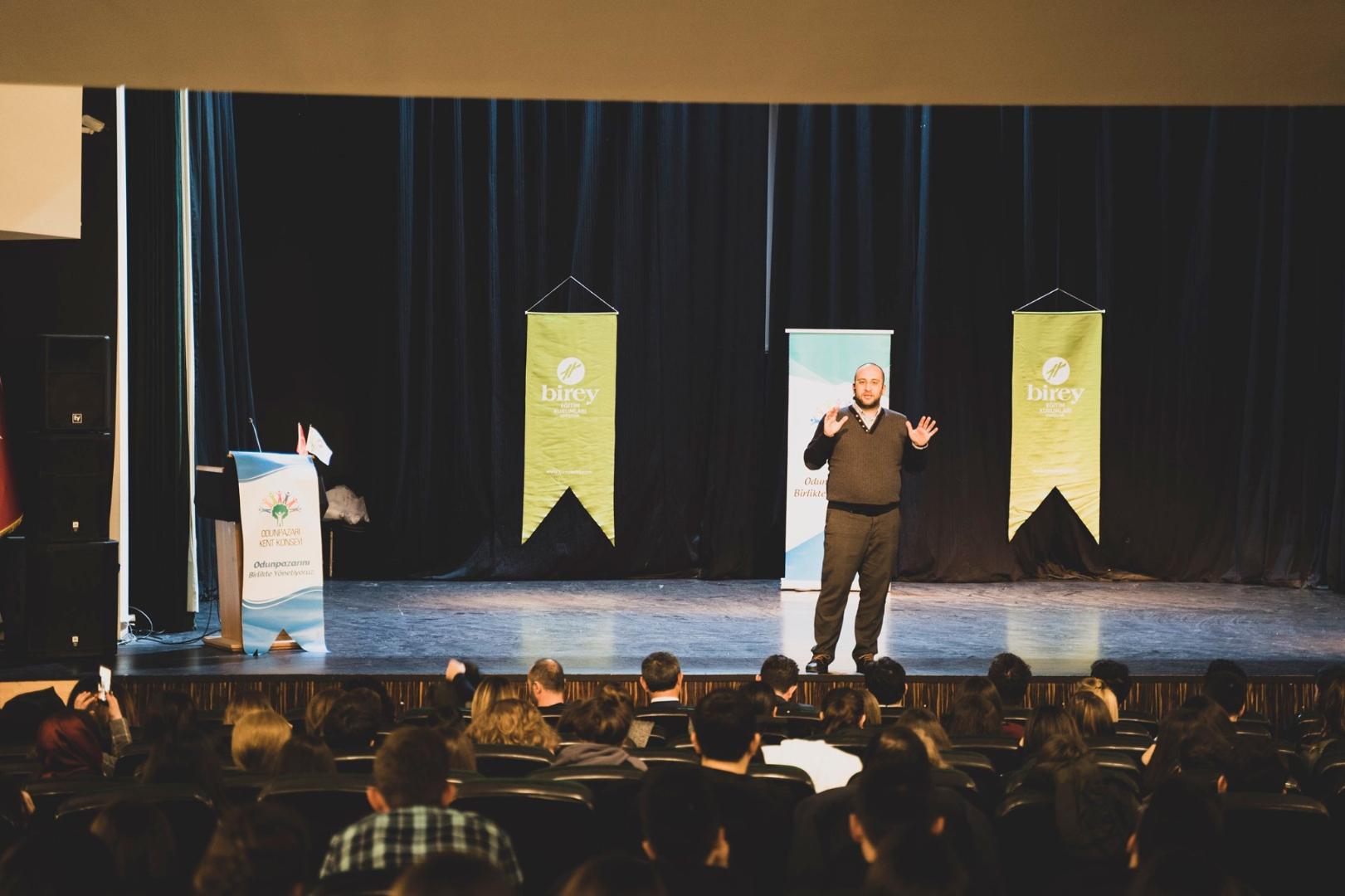 Blog | Birey | Gençlik, Gelecek, Eğitim Yoğun İlgi Gördü