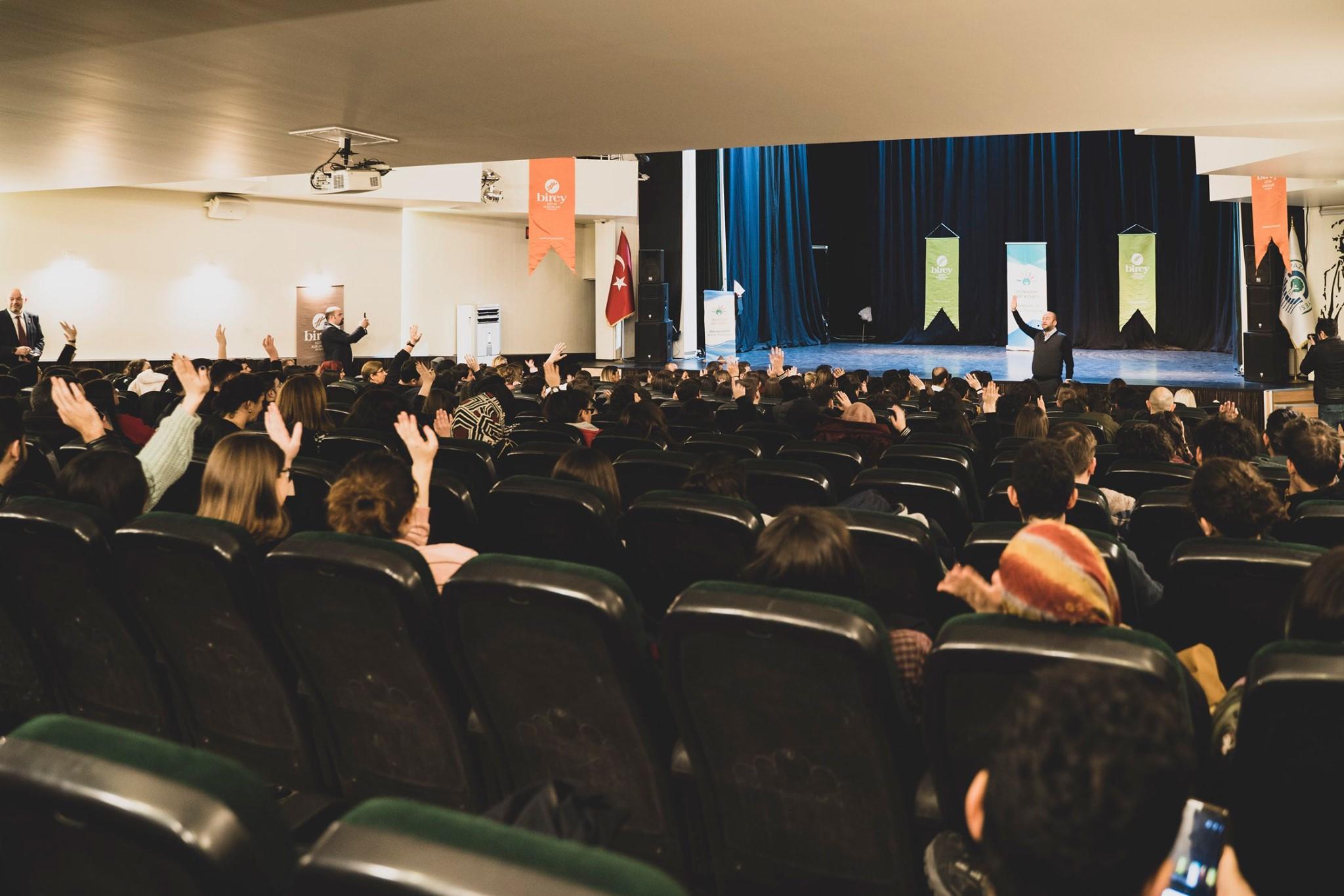 Birey | Blog | Gençlik, Gelecek, Eğitim Yoğun İlgi Gördü